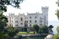 Het Kasteel van Miramare in Triëst Italië Stock Afbeelding