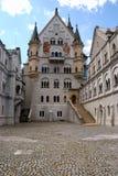 Het kasteel van Neuschwanstein, binnenhof Stock Foto's