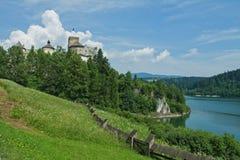 Het kasteel van Niedzica in Polen Stock Foto