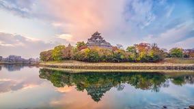 Het kasteel van Okayama in de herfstseizoen in de stad van Okayama, Japan royalty-vrije stock fotografie