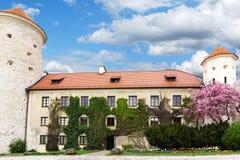Het kasteel van Pieskowaskala in Polen royalty-vrije stock afbeeldingen