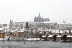 Het kasteel van Praag in de winter Royalty-vrije Stock Fotografie