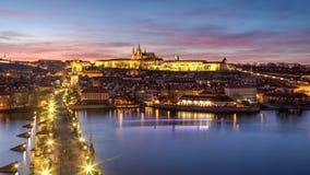 Het kasteel van Praag en de brug van Charles Royalty-vrije Stock Afbeeldingen