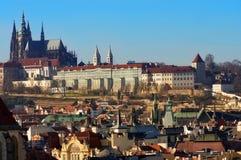 Het kasteel van Praag en de kathedraal van Heilige Vitus Stock Foto
