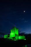 Het kasteel van Ross bij nacht. Killarney. Ierland Royalty-vrije Stock Afbeeldingen