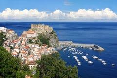 Het Kasteel van Scilla in Calabrië, Italië royalty-vrije stock foto's