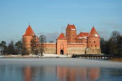 Het kasteel van Trakai in wintertijd Royalty-vrije Stock Foto's