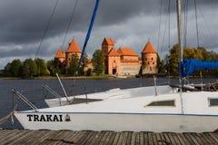 Het Kasteel van het Trakaieiland in Trakai, Litouwen Royalty-vrije Stock Afbeelding