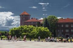 Het Kasteel van Wawel in Polen Krakau in een eerste hoofdstad van Polen Stock Foto