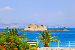 Het kasteeleiland van Bourtzi in Nafplion, Griekenland Royalty-vrije Stock Foto