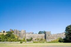Het kasteelmuren van Conway en blauwe hemel Royalty-vrije Stock Afbeeldingen