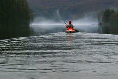 Het kayaking van de vrouw Royalty-vrije Stock Afbeelding
