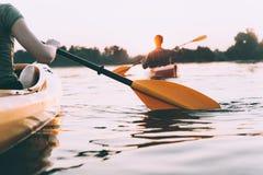 Het kayaking van mensen royalty-vrije stock foto