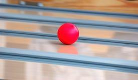Het kegelenbal van de snelheid Royalty-vrije Stock Foto