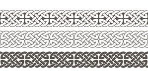 Het Keltische knoop gevlechte ornament van de kadergrens royalty-vrije illustratie