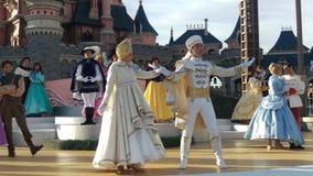 Het Kerstmiskasteel toont Disneyland Parijs 2015 Royalty-vrije Stock Afbeeldingen