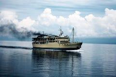 Het kielzog van de boot in het overzees Royalty-vrije Stock Foto's