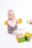 Het kind sluit een mond een hand royalty-vrije stock fotografie
