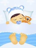 Het kind van de slaap met teddybeer Stock Afbeeldingen