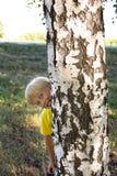 Het kind verborg royalty-vrije stock afbeeldingen