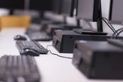 Het klaslokaal van de computer Stock Foto