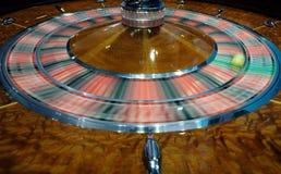 Het klassieke wiel die van de casinoroulette snel spinnen Royalty-vrije Stock Afbeelding