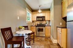 Het kleine binnenland van de keukenruimte Royalty-vrije Stock Afbeeldingen