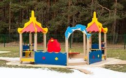 De speelplaats van jonge geitjes Stock Foto
