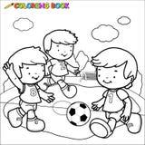 Het kleuren de jonge geitjes van het boekvoetbal Royalty-vrije Stock Fotografie