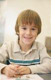 Het Kleuren van Little Boy Royalty-vrije Stock Afbeeldingen