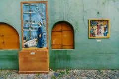 Het kleurrijke en trillende gebied van La Boca, het ` s Caminito in Buenos aires stock fotografie