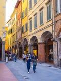 Het kleurrijke historische district in de stad van Pisa - PISA ITALIË - 13 SEPTEMBER, 2017 Stock Fotografie