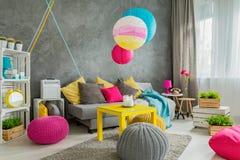 Het kleurrijke idee van het huisdecor royalty-vrije stock afbeelding