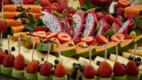 Het kleurrijke Tropische Buffet van het Fruithuwelijk Royalty-vrije Stock Afbeeldingen