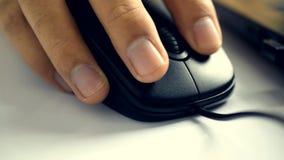 Het klikken op PC-muis stock videobeelden