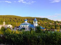 Het klooster in taiga, Siberië, Rusland royalty-vrije stock foto