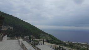 Het klooster van heilige Panteleimon, de belangrijkste kerk, zet Athos, Griekenland op stock video