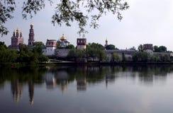 Het klooster van Novodevichy stock afbeelding