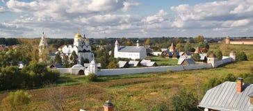 Het klooster van Pokrovsky in Suzdal, Russiia stock foto's