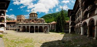 Het klooster van Rila - Bulgarije Stock Fotografie