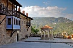 Het klooster voorwerf van Megalipanagia, Samos, Griekenland Royalty-vrije Stock Fotografie