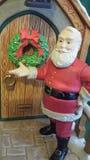 Het Kloppen van de kerstman Stock Foto's