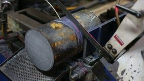 Het knipsel van de metaalverwerking stock footage