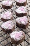 Het koekje van de valentijnskaart met roze flikkering royalty-vrije stock foto's