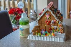 Het Koekjeshuis van de Kerstmispeperkoek Royalty-vrije Stock Fotografie