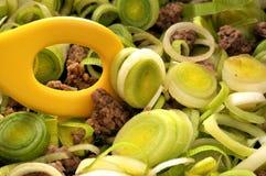 Het koken met prei Stock Foto
