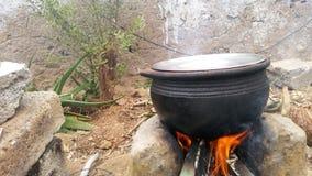 het koken in pot Stock Fotografie