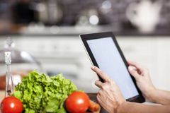 Het koken, technologie en huisconcept Stock Foto's