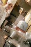 Het koken van de chef-kok Royalty-vrije Stock Afbeelding