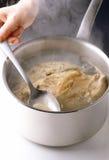 Het koken van de kip Stock Foto